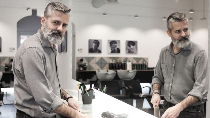 La Barberia de Gràcia - Fondo